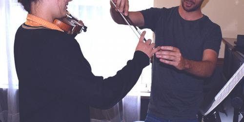 violin-800x400